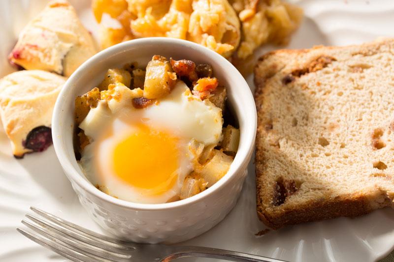 Sweet potatoe hash with egg